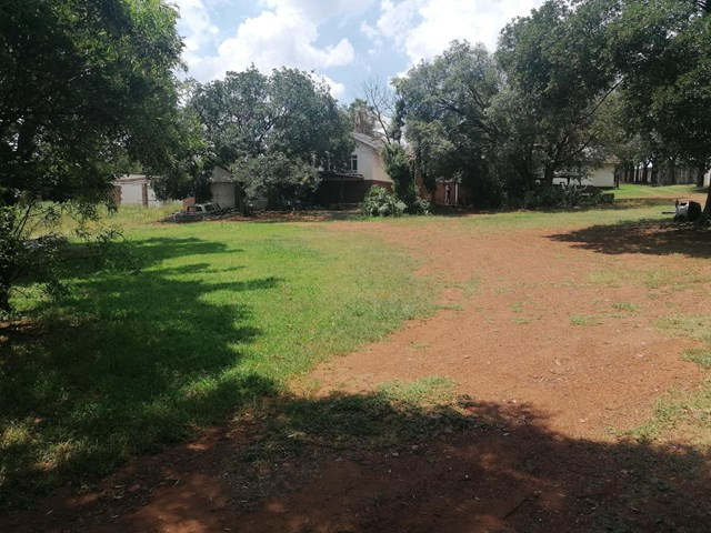 Clubview Small Holding For Sale