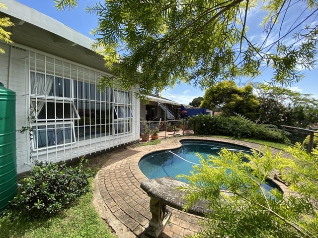 Uvongo House For Sale