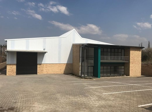 Warehouse to Let in Cosmo City