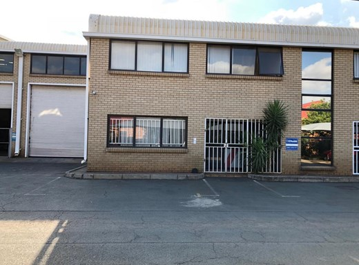 Warehouse to Let in Stormill