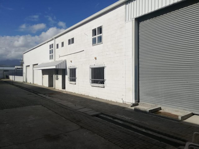 Strand Central Warehouse To Rent