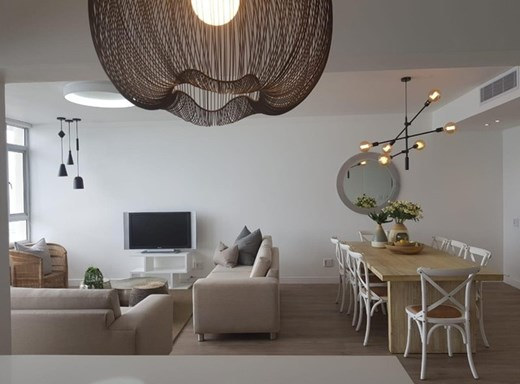 4 Bedroom Apartment to Rent in Sea Point