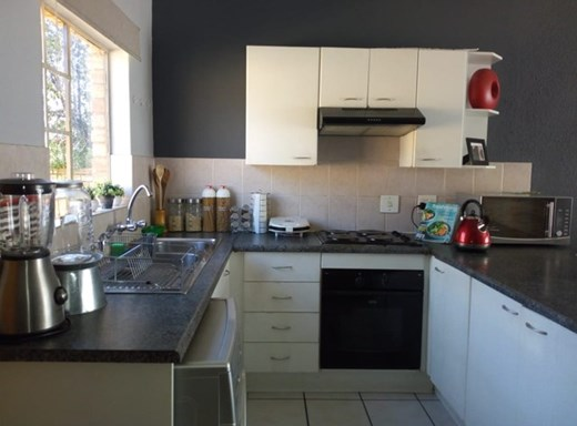 3 Bedroom Townhouse to Rent in Johannesburg North