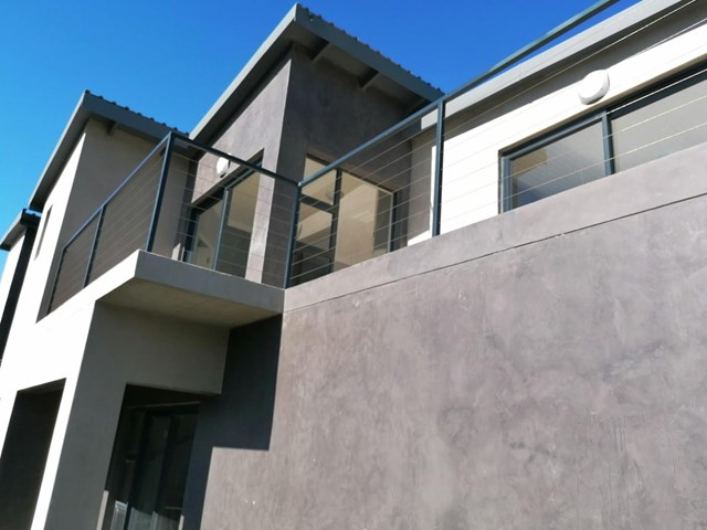 Gonubie Townhouse For Sale