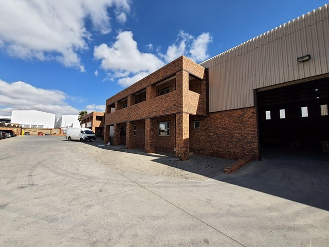 Airport Park Warehouse To Rent
