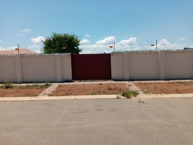 Chroompark Vacant Land For Sale
