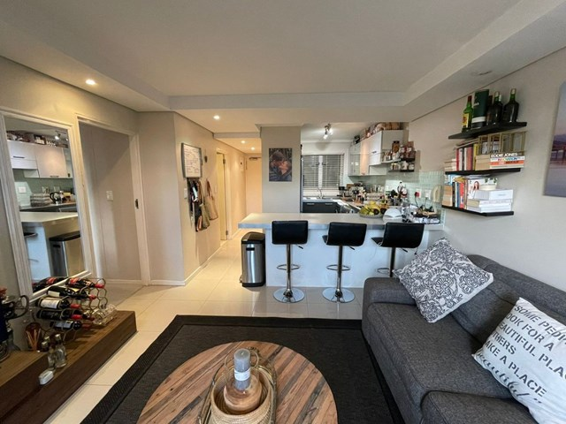Sea Point Flat To Rent