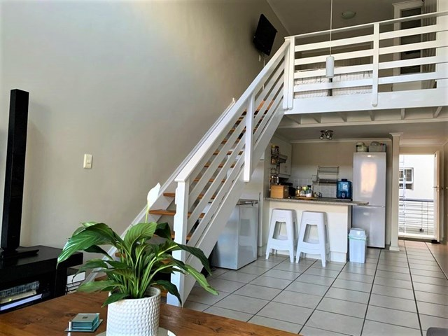 Diep River Flat For Sale