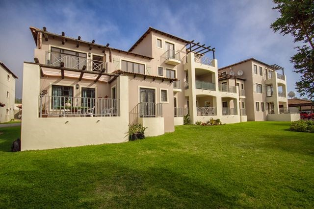 2 Bedroom Flat for Sale in Plett Central