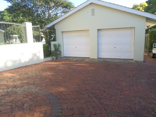 5 Bedroom House for Sale in Fairview