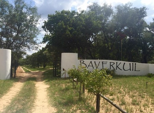 6 Bedroom Farm for Sale in Vaalwater