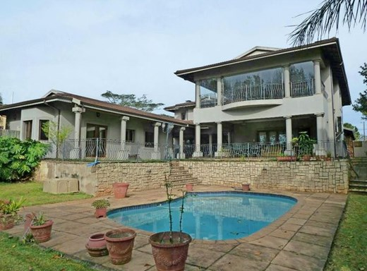 4 Bedroom House for Sale in Waterfall