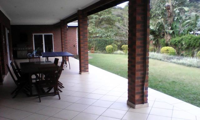 4 Bedroom Simplex for Sale in Cowies Hill