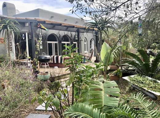 5 Bedroom House for Sale in The Island
