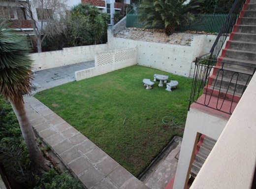 2 Bedroom Apartment to Rent in Tamboerskloof