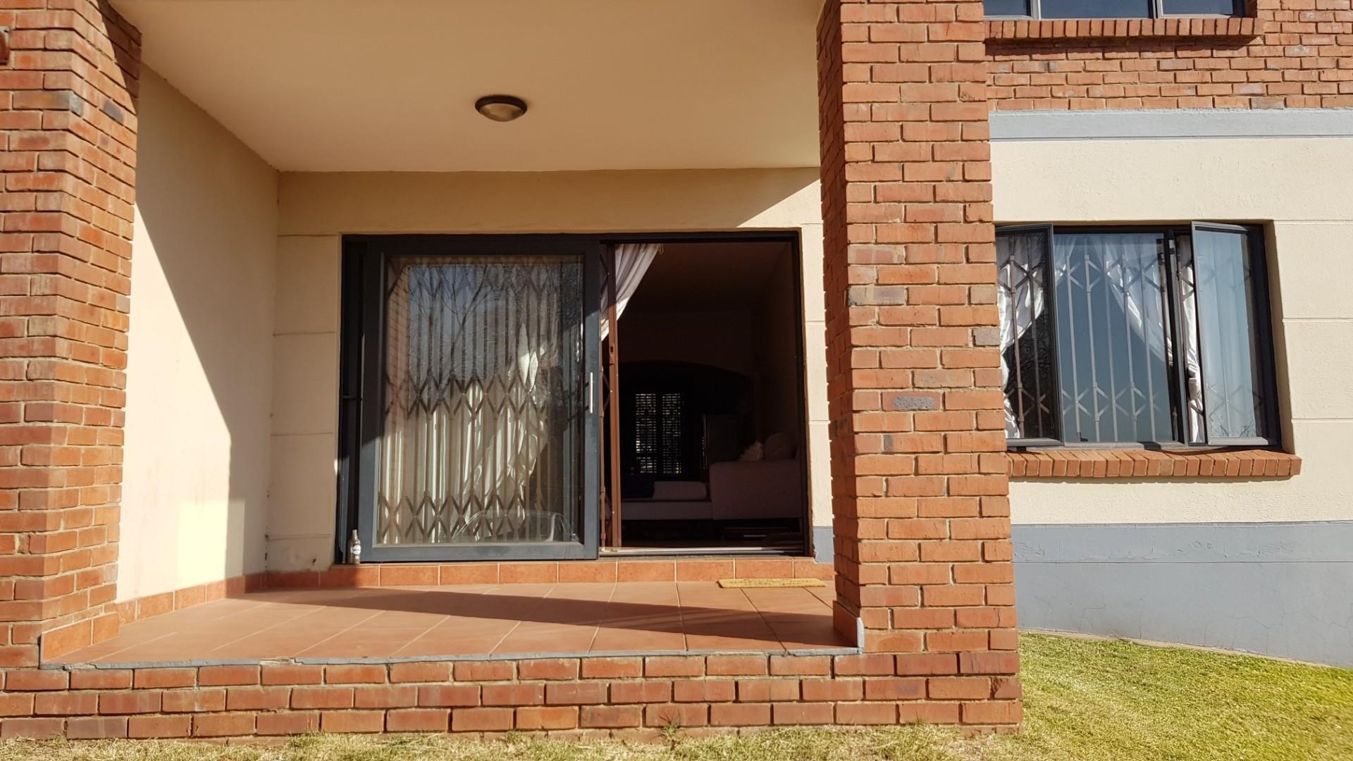 2 Bedroom Apartment for Sale in Auckland Park