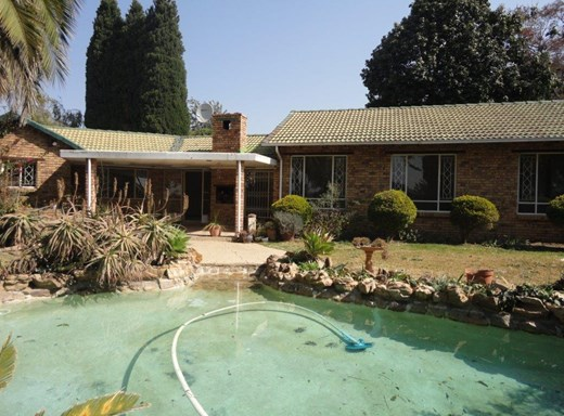 3 Bedroom House for Sale in Olivedale