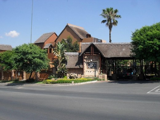 2 Bedroom Apartment to Rent in Douglasdale