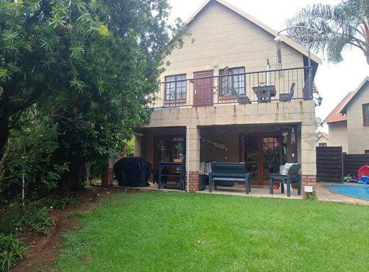 4 Bedroom Townhouse for Sale in Equestria