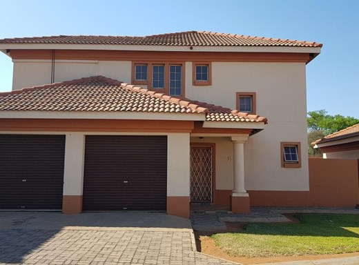 3 Bedroom Townhouse to Rent in Lephalale