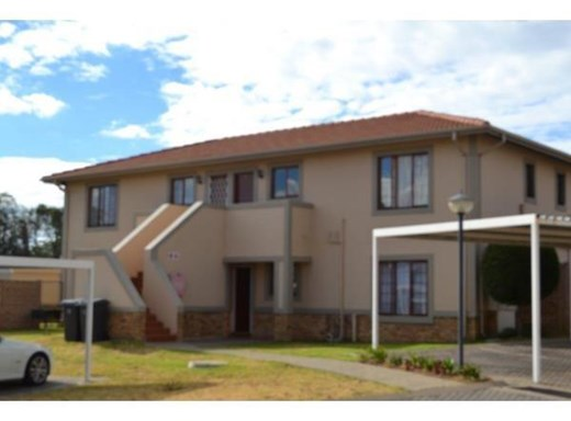 2 Bedroom Apartment to Rent in Carlswald
