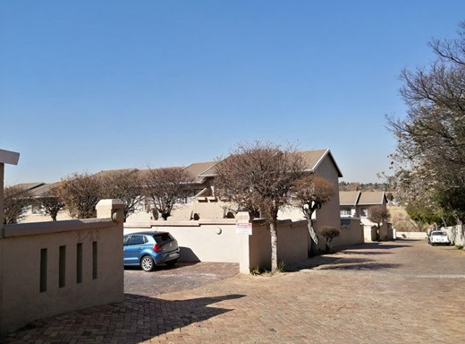 2 Bedroom Apartment to Rent in Buccleuch