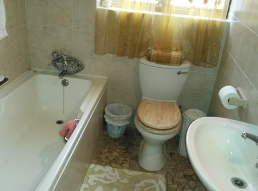 2 Bedroom Apartment to Rent in Manaba Beach