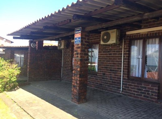 2 Bedroom Simplex for Sale in Margate