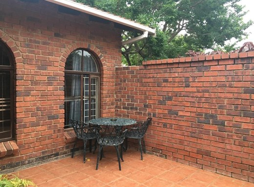 4 Bedroom Simplex for Sale in Margate