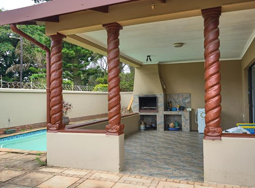 3 Bedroom House for Sale in Uvongo