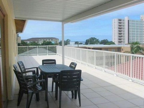 2 Bedroom Townhouse for Sale in Margate