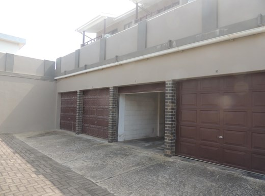 3 Bedroom Apartment for Sale in Manaba Beach