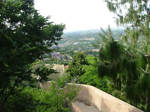 1 Bedroom Bachelor to Rent in Northcliff