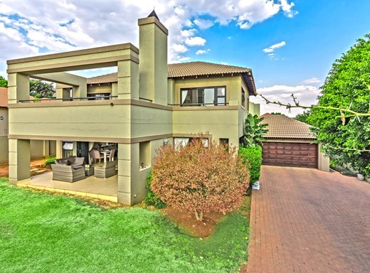 3 Bedroom House to Rent in Eagle Canyon Golf Estate