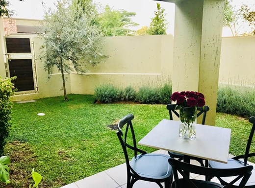 1 Bedroom Apartment to Rent in Bryanston
