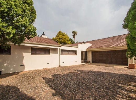 3 Bedroom House for Sale in Strubens Valley