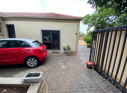 3 Bedroom Townhouse for Sale in Homes Haven