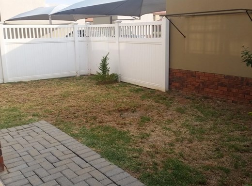 2 Bedroom Flat to Rent in Waterval East
