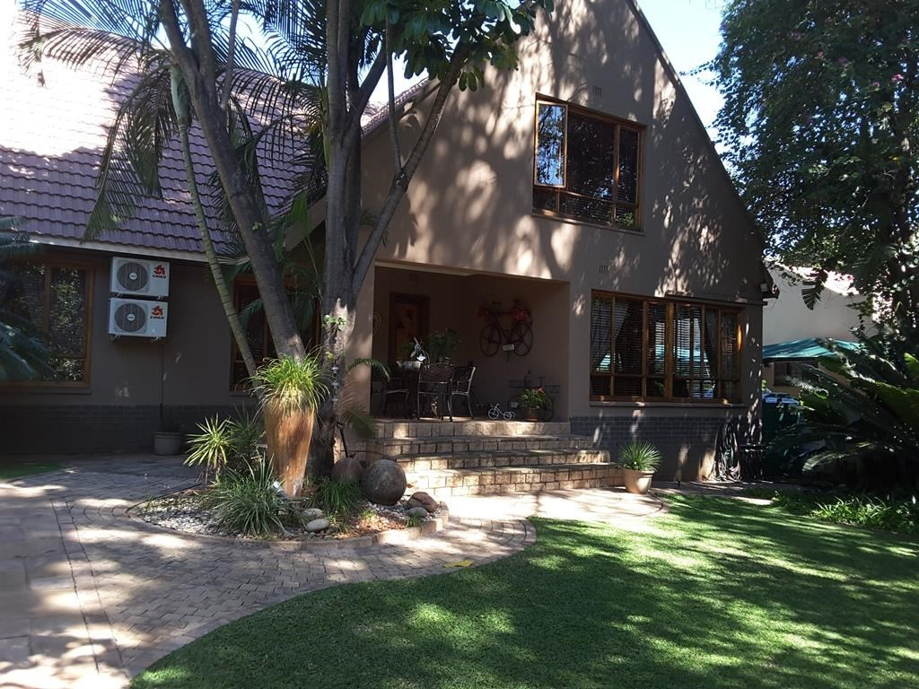 4 Bedroom House for Sale in Cashan