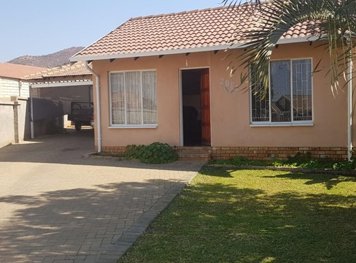 2 Bedroom House for Sale in Tlhabane West