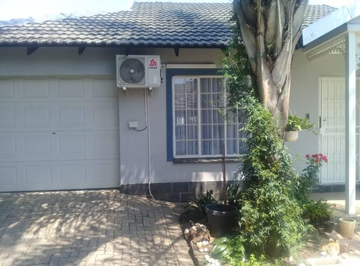 2 Bedroom House for Sale in Rustenburg Central