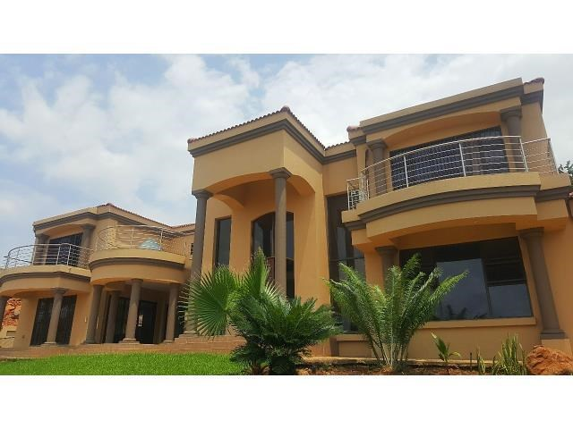 3 Bedroom House for Sale in Cashan