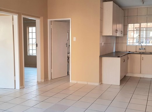 2 Bedroom Apartment for Sale in Rustenburg Central