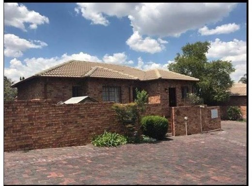 3 Bedroom Townhouse to Rent in Northwold