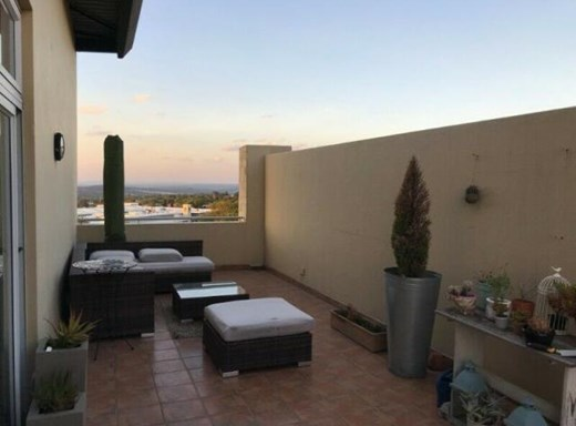 2 Bedroom Penthouse to Rent in Rivonia