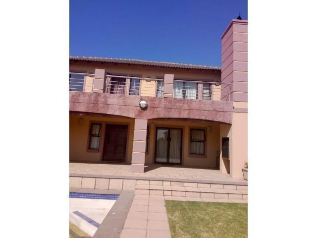 4 Bedroom House to Rent in Greenstone Hill