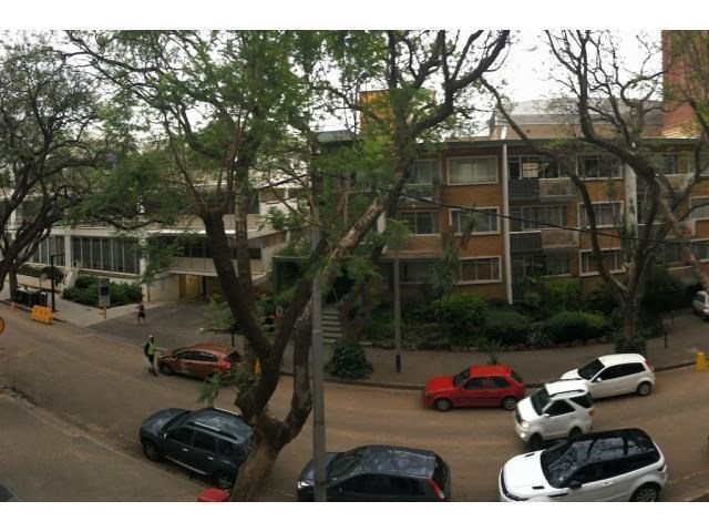 2 Bedroom Apartment to Rent in Rosebank