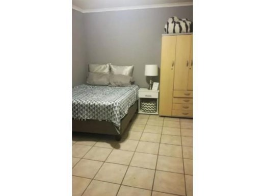 2 Bedroom House to Rent in Lindhaven