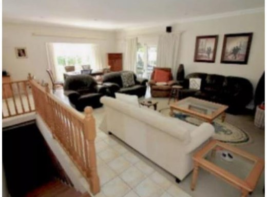 3 Bedroom Townhouse to Rent in Hillcrest Park