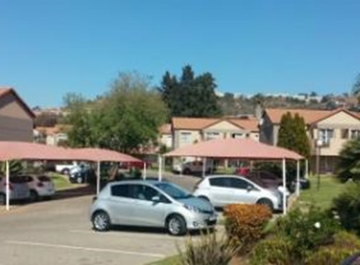 1 Bedroom Apartment for Sale in Roodepoort